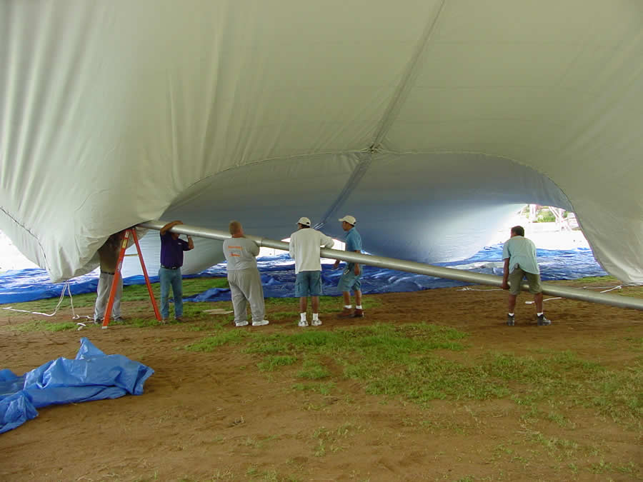 Raise each center pole until the top is in the air : center pole tent - memphite.com